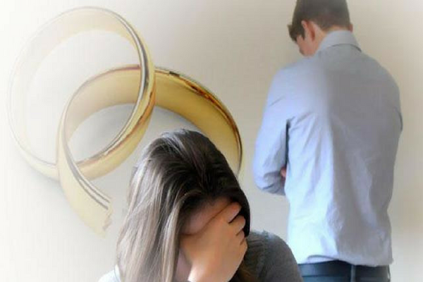 Suami Merasa Tak Bahagia Bersama Istri Jika Memiliki 5 Tanda Berikut ini