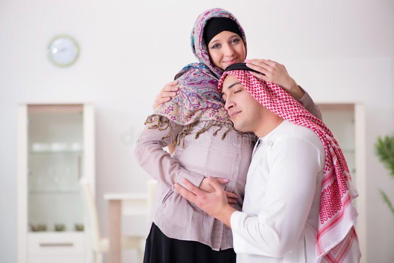 """Istri Tengah Hamil, Suami Harus Sering """"Datangi""""?"""