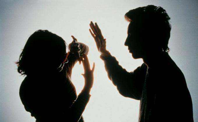 20 Dosa Suami Terhadap Keluarganya yang Paling Dibenci Allah, No 2 Justru Sering Dilakukan Suami