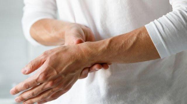 Tips Luar Biasa Untuk Atasi Asam Urat Tanpa Obat-obatan, Bisa Dilakukan Sendiri